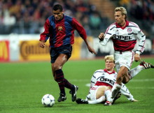 21 Oct 1998:  Rivaldo of Barcelona in action against Bayern Munich during the UEFA Champions League match at the Olympiastadion in Munich, Germany. Bayern won 1-0.  Mandatory Credit: Phil Cole /Allsport